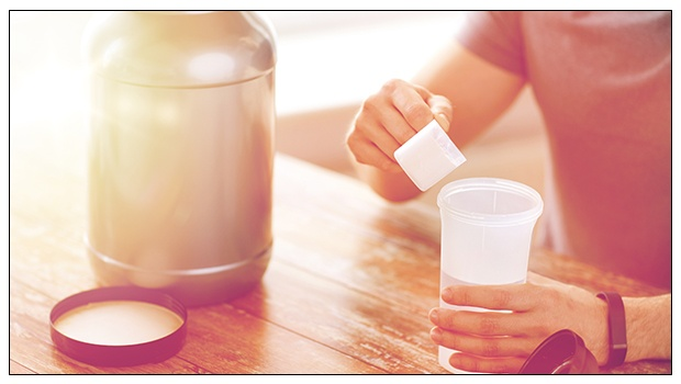 5 Hidden Dangers Of Protein Powders