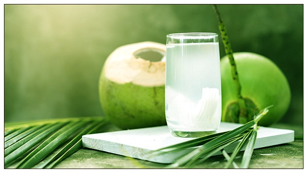 8-Science-Based-Health-Benefits-of-Coconut-Water