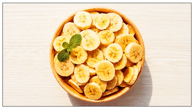 How Many Calories And Carbs Are There In A Banana?