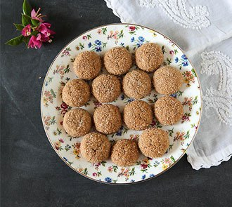 Organic Eggless Wholewheat Ginger Cookies