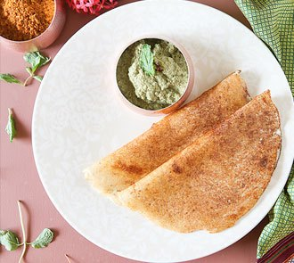 Organic Little Millet Dosa with Pudina Chutney