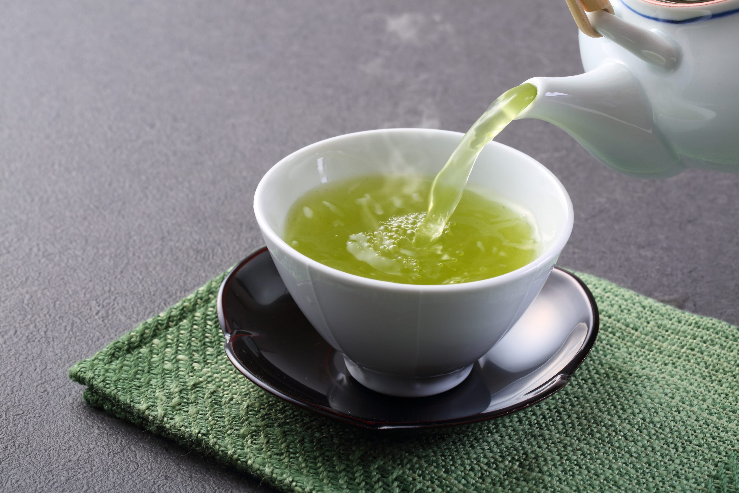 How-to-Make-a-Perfect-and-Flavourful-Cup-of-Green-Tea?