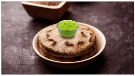 Step-by-Step Guide on How to Make Bajra Rotis
