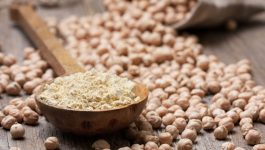 Calories in Besan: Good or Bad For Health? We Tell You!