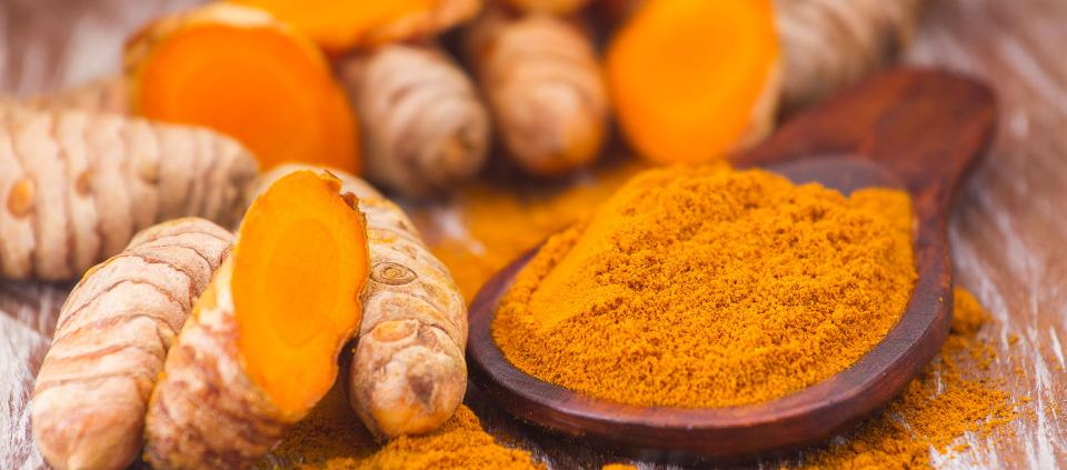 Read-All-About-The-Health-Benefits-of-Turmeric-Milk-Here