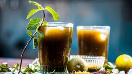 A Delicious Drink for Weight Loss With Jaggery Powder