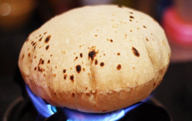 The-Trick-to-Making-The-Softest-Multigrain-Rotis