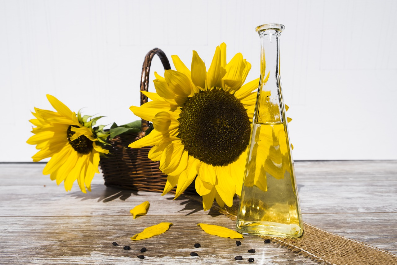 6-Incredible-Sunflower-Oil-For-Skin-Benefits-That-Will-Surprise-You