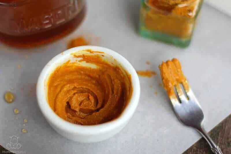 5-DIY-Face-Scrubs-Using-Turmeric-for-Healthy-Skin