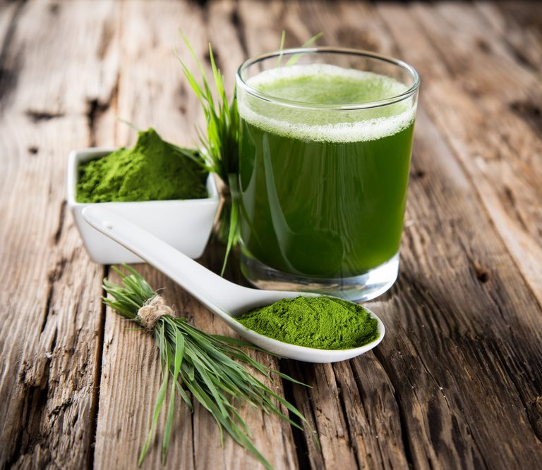 5-Science-Backed-Wheatgrass-Benefits-for-Skin-&-More