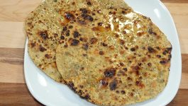 Make Easy Sattu ki Roti With This Recipe
