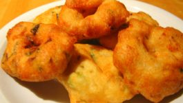 Health Benifits of Eating Urad Dal Vada