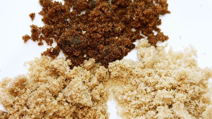 difference between jaggery and brown sugar
