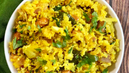 How to Enhance Your Vegetable Poha Recipe