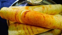 Get Crispy and Healthy Moong Dal Dosa With This Recipe
