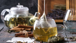 Can Green Tea Benefit Your Hair? Here's How To Use It