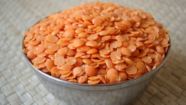 Masoor Dal Benefits for Skin [with Face Pack Ideas] for Glowing and Younger-Looking Skin