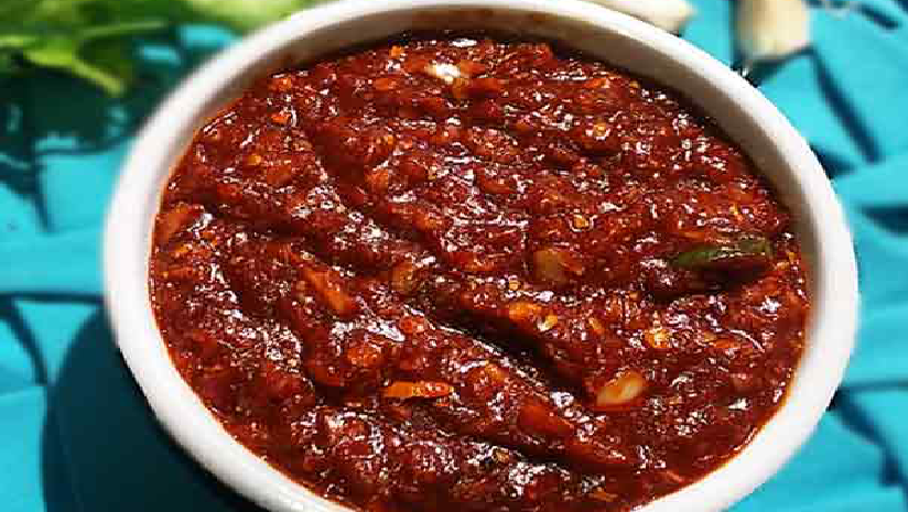 Three-Red-Chilli-Sauce-Recipe-To-Suit-Every-Occasion