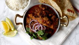 Follow This Restaurant-Style Methi Chicken Recipe for Best Results