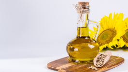 Groundnut oil vs Sunflower oil – Which oil is healthier?