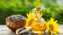 How to Use Sunflower Oil For Hair & Its Benefits