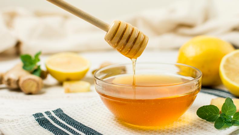 3 Wondrous Rewards of Having Milk and Honey Together
