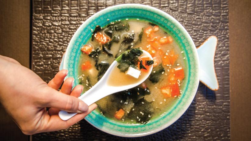 Vitamin-C-rich-lemon-coriander-soup-recipe-to-prepare-in-winters