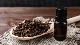 Benefits of Clove Oil for Teeth