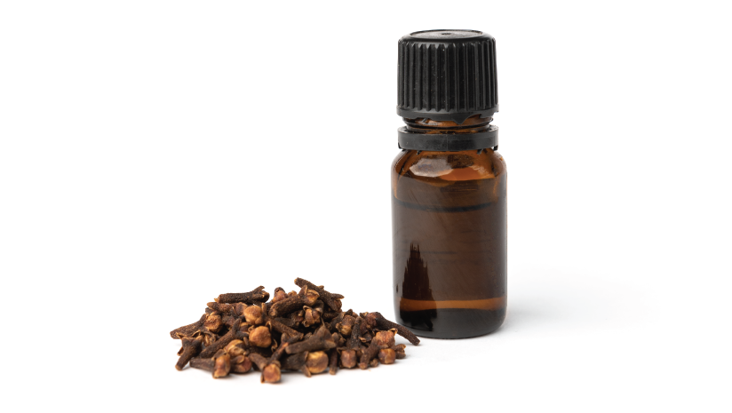 Your-Ultimate-Guide-for-Using-Clove-Oil-for-Skin