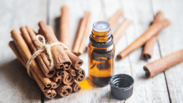 How to Use Cinnamon Oil for Fighting Hair Loss