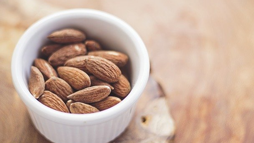 almonds for weight gain
