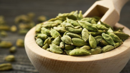 4 Amazing Benefits of Cardamom