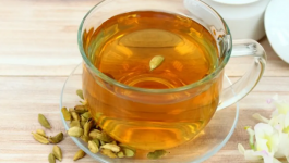 4 Benefits Of Having Cardamom With Warm Water