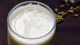 4 Amazing Benefits Of Elaichi (Cardamom) Milk