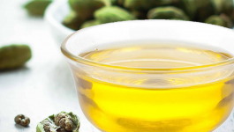 4 Uses And Benefits Of Cardamom Essential Oil