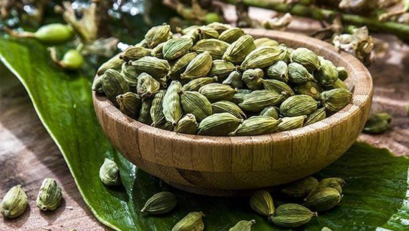 cardamom benefits for skin,elaichi benefits for skin
