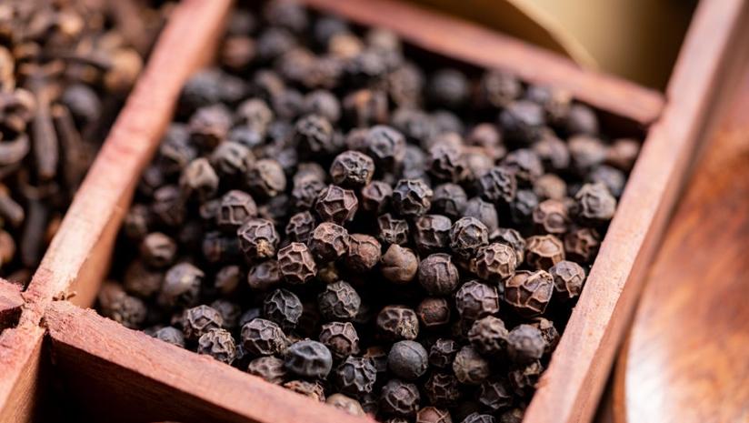Ayurvedic-Health-Benefits-of-Black-Pepper