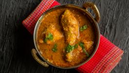 Super Delicious Recipe of Coriander Chicken Curry