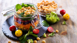 Healthy and delicious vegetarian snacks for fun evenings