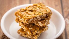Amazing And Super Easy Peanut Chikki Recipe