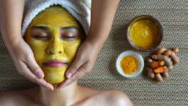 How to use Aloe Vera and Turmeric for Glowing Skin