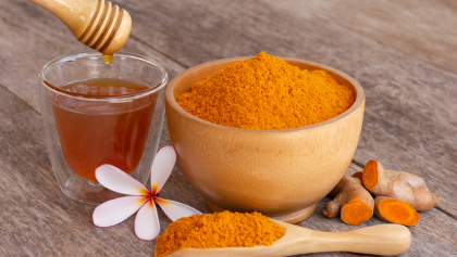 Honey and turmeric: the best remedy for cold and cough